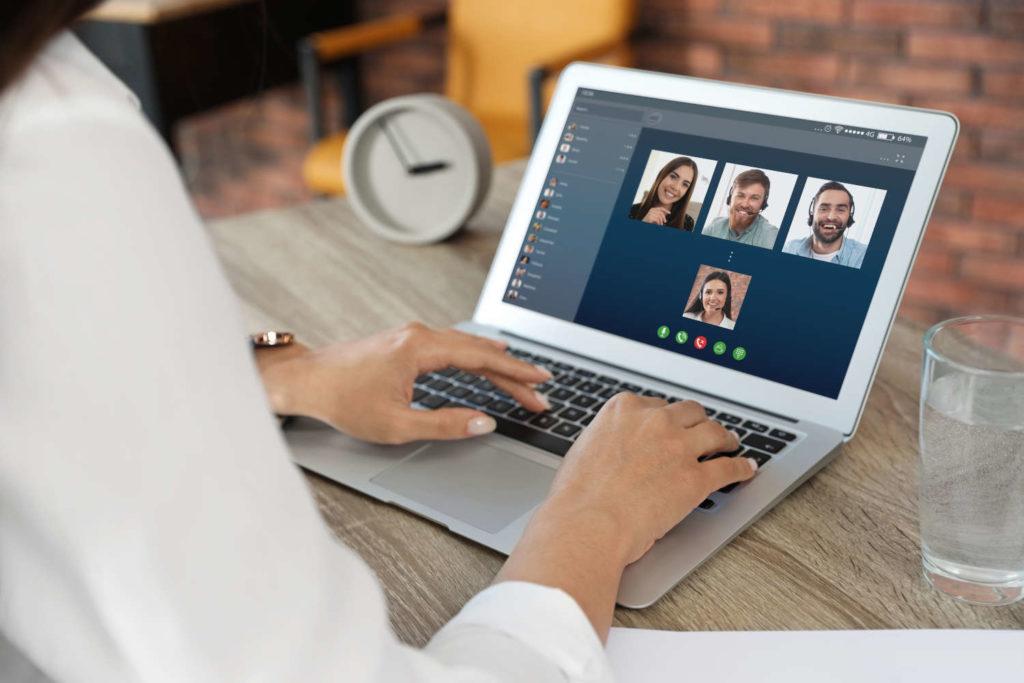 Italienisch Unterricht in Gruppen über Skype